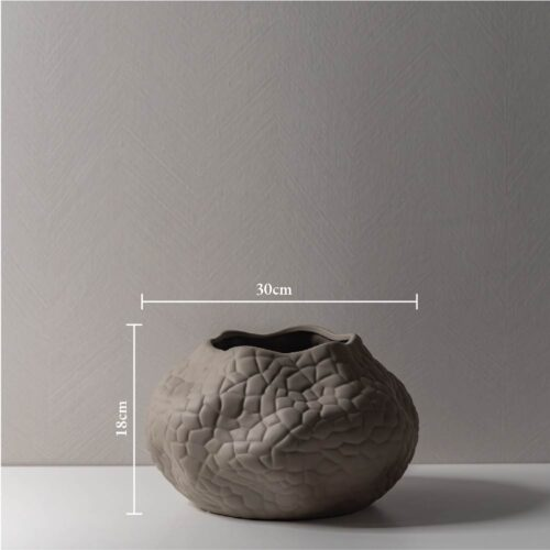 Trisha Vase 4 measurement 0599JPG
